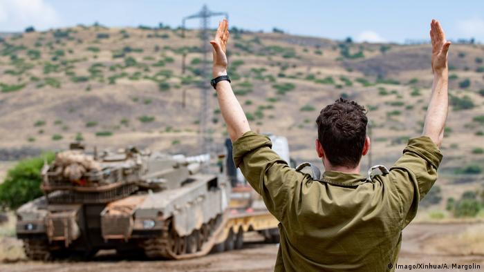 Израильский солдат на оккупированных Голанских высотах