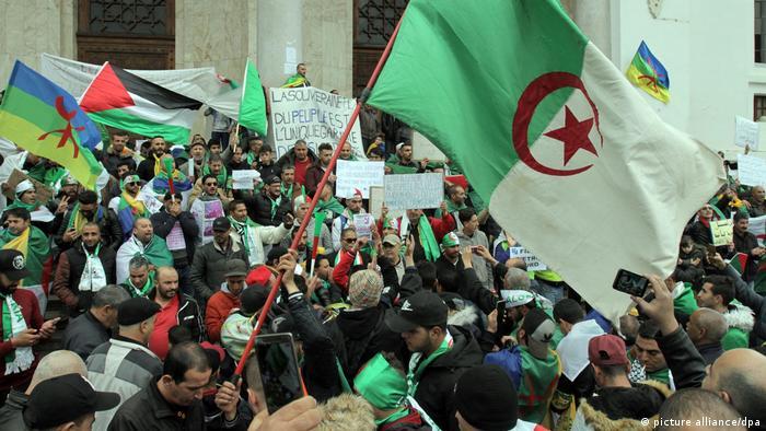 Algerien, Freitagsdemo