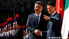 23.03.2019 *** Chinese President Xi Jinping shakes hands with Italian Prime Minister Giuseppe Conte as he arrives at Villa Madama in Rome, Italy March 23, 2019. REUTERS/Yara Nardi