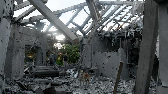 Israel Haus von Rakete getroffen