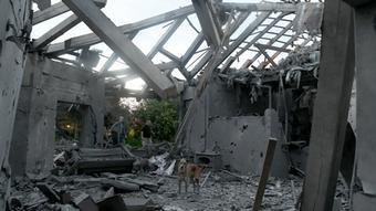 Η νέα ένταση ξεκίνησε το πρωί της Δευτέρας όταν επλήγη σπίτι στο κεντρικό Ισραήλ από παλαιστινιακή ρουκέτα