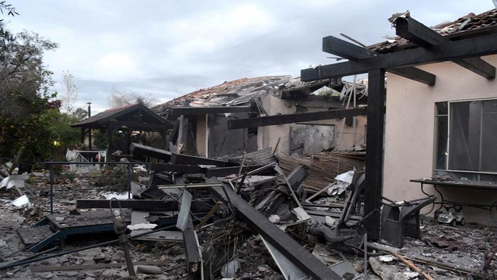Israel Haus von Rakete getroffen (Reuters/Y. Sagi)