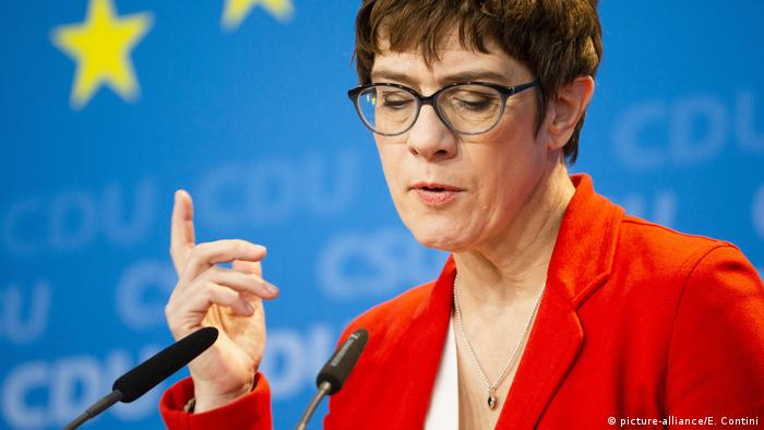 CDU chairwoman Annegret Kramp-Karrenbauer is pictured during a press conference after the approval of a joint CDU/CSU program for the European elections in Berlin, Germany, on March 25, 2019 (picture-alliance/E. Contini)