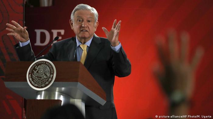 Mexiko City | Andres Manuel Lopez Obrador, Präsident (picture-alliance/AP Photo/M. Ugarte)