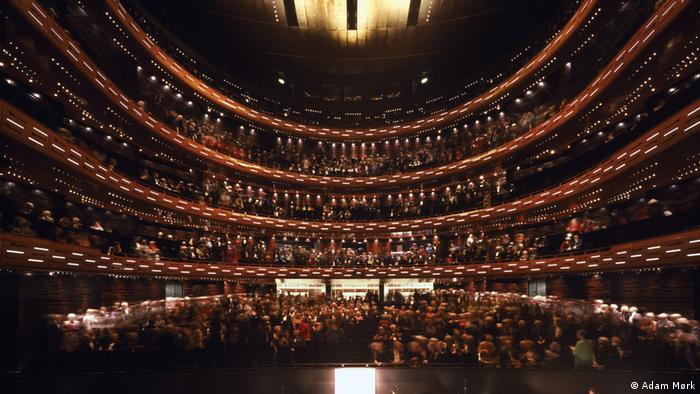 Bühnenbauten im europäischen Vergleich (Adam Mørk)