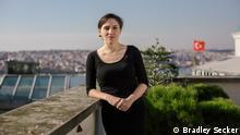 Pelin Ünker, Journalistin in der Türkei