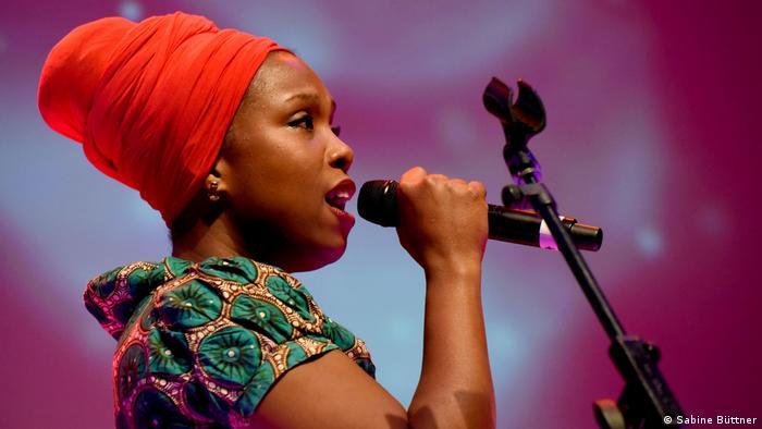 Sängerin Karyna Gomes aus Guinea-Bissau
