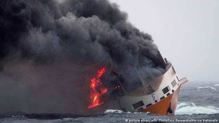Vessel Grande America burning before sinking in the Atlantic Ocean (photo: Loic Bernardin/Marine Nationale via AP)