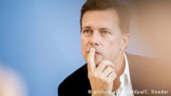 Deutschland Steffen Seibert (picture-alliance/dpa/C. Soeder)