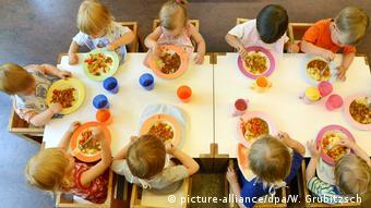 Essen in der KindertagesW niemieckich placówkach brakuje obecnie około 342 tysięcy miejsc dla dzieci poniżej 3 roku życia