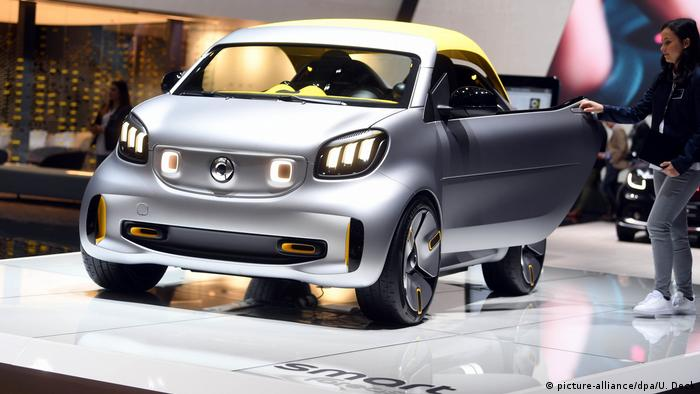 Smart's electric Forease concept car unveiled at the Paris Motor Show in 2018