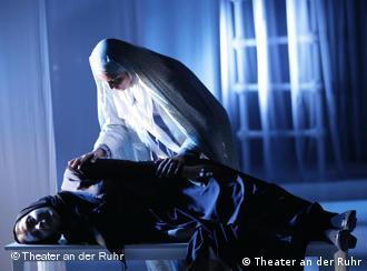 صحنهای از یک نمایش ایرانی در آلمان
