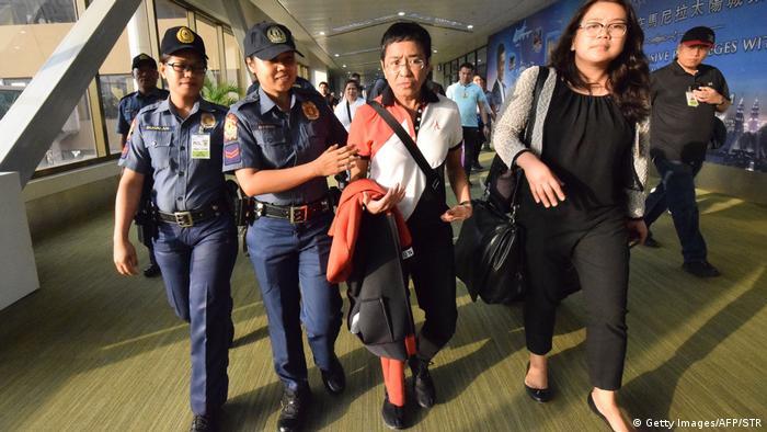 Philippinen Manila Festnahme der Journalistin Maria Ressa (Getty Images/AFP/STR)