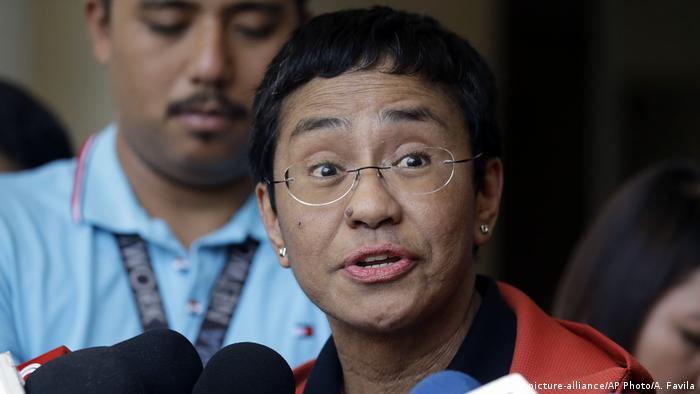 Die regierungskritische philippinische Journalistin Maria Ressa (Foto: picture-alliance/AP Photo/A. Favila)
