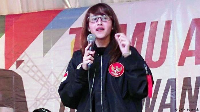 Tsamara Amany Alatas, indonesische Politikerin (DW/H. Pasuhuk)