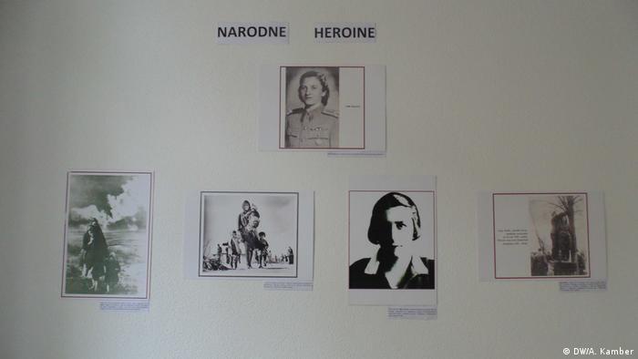 Prostorije Udruzenja Kvart ispunjene su fotografijama narodnih heroina iz ovog područja koje su sudjelovale u Drugom svjetskom ratu,