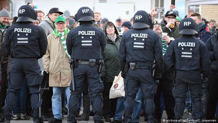 Werder Bremen - Hamburg (picture-alliance/dpa/C. Jaspersen)