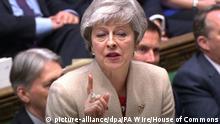 29.03.2019, Großbritannien, London: Theresa May, britische Premierministerin, spricht im Unterhaus während einer Brexit-Debatte. Das britische Parlament stimmt erneut über das EU-Austrittsabkommen ab. Foto: House Of Commons/PA Wire/dpa - ACHTUNG: Nur zur redaktionellen Verwendung und nur mit vollständiger Nennung des vorstehenden Credits +++ dpa-Bildfunk +++ |