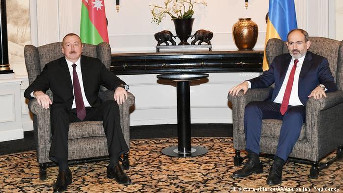 Azerbaycan ve Ermenistan liderleri geçen yıl Mart ayında Viyana'da bir araya gelmişti.