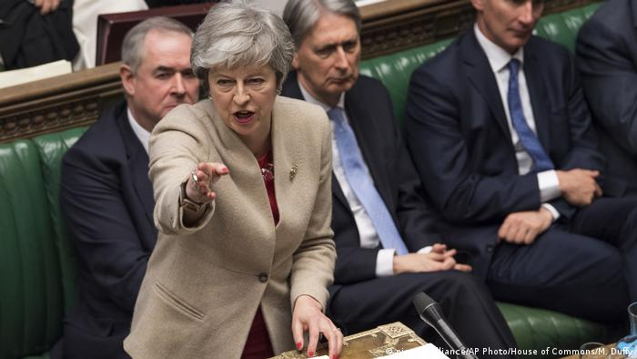 Großbritannien London - Debatte zum Brexit | Theresa May (picture-alliance/AP Photo/House of Commons/M. Duffy)