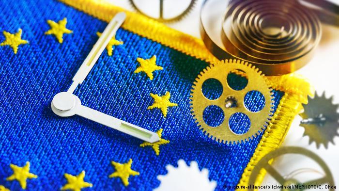 Багато країн ЄС поки не визначилися із позицією щодо скасування переведення часу