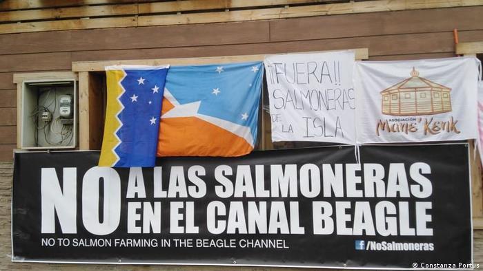 Patagonien Lachsfarme in Beagle-Kanal (Constanza Portus)