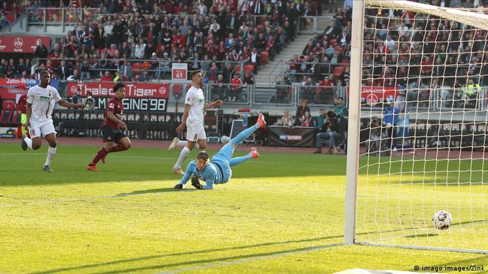 Fußball Bundesliga   27. Spieltag   FC Augsburg versus FC Nürnberg (imago images/Zink)