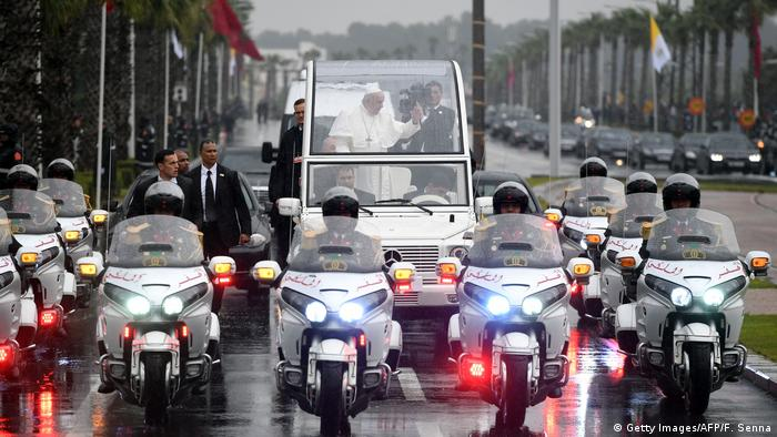 Marokko | Papst Franziskus in Rabat (Getty Images/AFP/F. Senna)