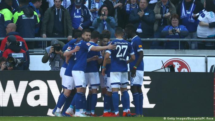 Fußball Bundesliga   27. Spieltag   Hannover 96 - Schalke 04   Torjubel 0:1