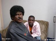 Wallraff, disfrazado de africano.