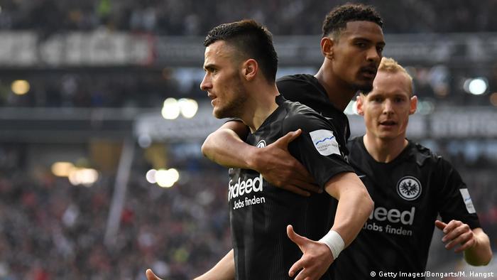 Bundesliga 27. Spieltag   Eintracht Frankfurt vs. VfB Stuttgart   TOR Frankfurt (Getty Images/Bongarts/M. Hangst)