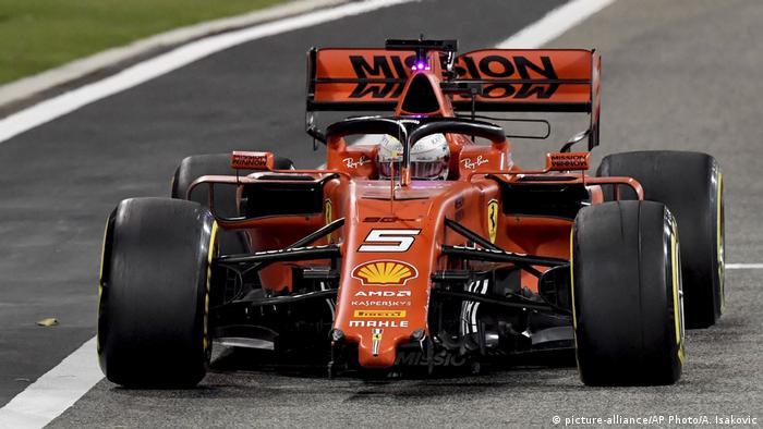 Formel 1 Großer Preis von Bahrain 2019 | Sebastian Vettel, Ferrari - Schaden