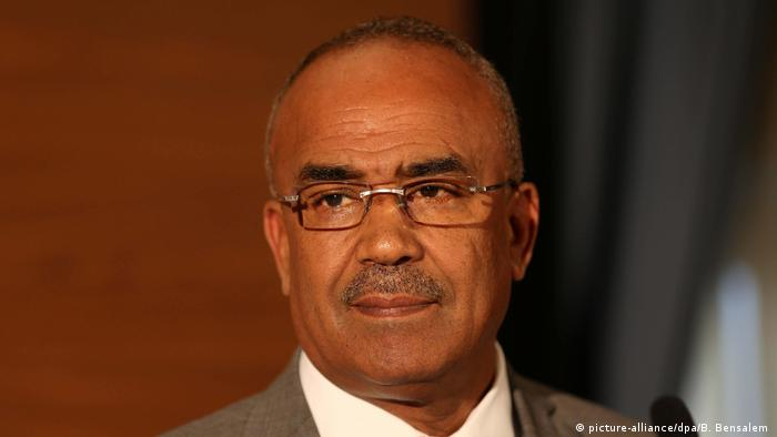 Algerien: Ministerpräsident Noureddine Bedoui (picture-alliance/dpa/B. Bensalem )