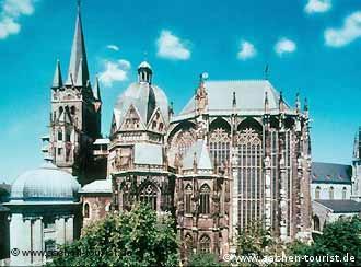 كاتدرائية شتيفان العريقة في آخن