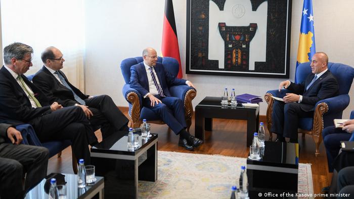 Treffen mit dem kosovarischen Premierminister Ramush Haradinaj (Office of the Kosovo prime minister )