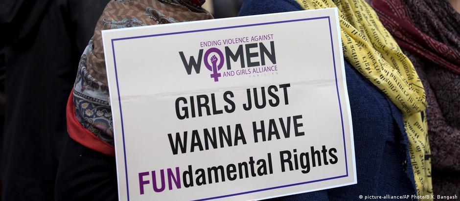 Pakistan Marsch der Frauen beim Internationalen Frauenstag