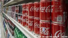 In advance of Coca-Cola Co. earnings call Cans of Coca-Cola in a supermarket in New York on Tuesday, July 24, 2018. The Coca-Cola Co. reports second-quarter earnings on July 25 before the bell. ( PUBLICATIONxNOTxINxUSAxUK RichardxB.xLevine