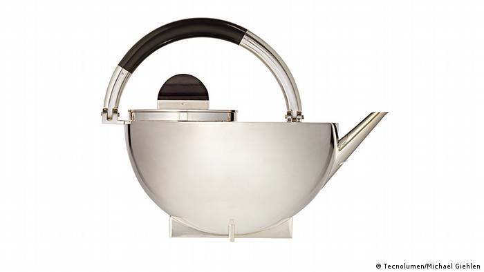 Чайник от Марианны Брандт
