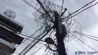 Telegraph pole in Yangon. Myanmar has a Telecommunications Master Plan for high-speed Internet (DWA/J. Endert).