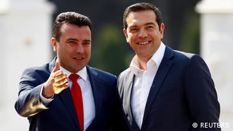 Η συμφωνία Ελλάδας και Βόρειας Μακεδονίας χαρακτηρίστηκε «ιστορική» από τους περισσότερους ευρωπαίους αναλυτές