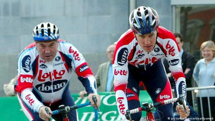 Cycling runs in the family for the Merckx (picture-alliance/dpa/dpaweb)