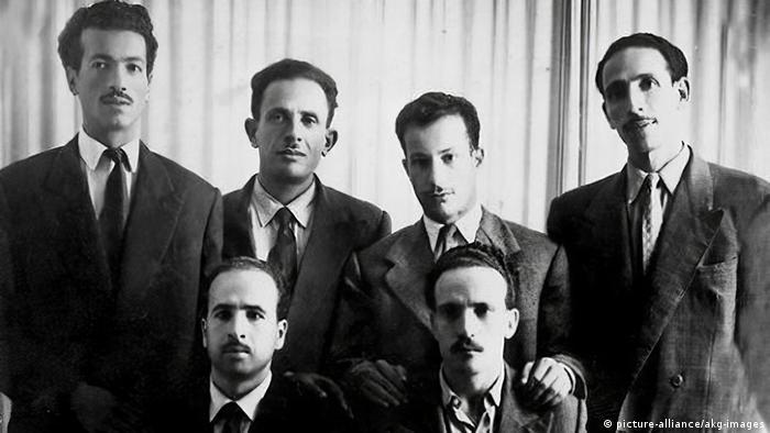 أعضاء القيادة السداسية للثورة الجزائرية (أرشيف): رابح بيطاط، مصطفى بن بولعيد، محمد بوضياف، ديدوش مراد، كريم بن بلقاسم، العربي بنمهيدي