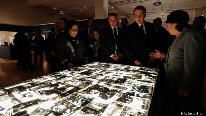 Nazismo de esquerda: Bolsonaro contrariou o que diz o próprio museu do Holocausto que ele visitou em Israel