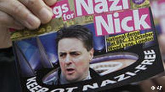 Großbritannien London Demonstration gegen Nick Griffin in BBC