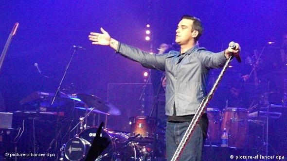 Robbie Williams Comeback Flash-Galerie