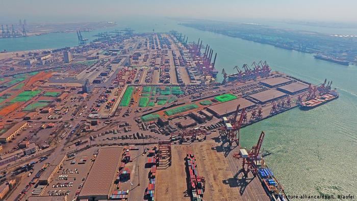 Порт у Китаї, архівне фото