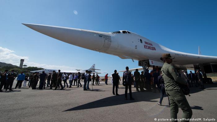 Venezuela russisches Tu-160 Kampfflugzeug |Simon Bolivar International Airport, in Maiquetia