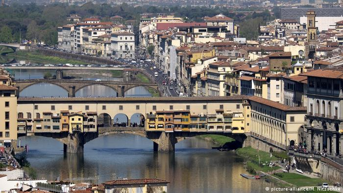 Ponte Vecchio in Florence (picture-alliance/M. Nitzschke)