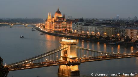 "Oυγγαρία: To ""παράλληλο κράτος"" του Όρμπαν"