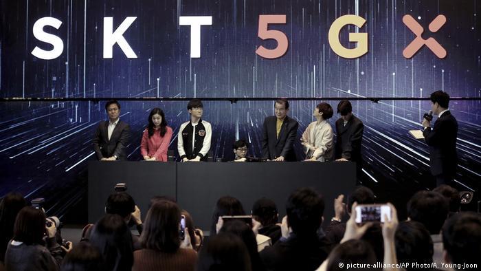 South Korea's SK Telecom presenting the 5G network